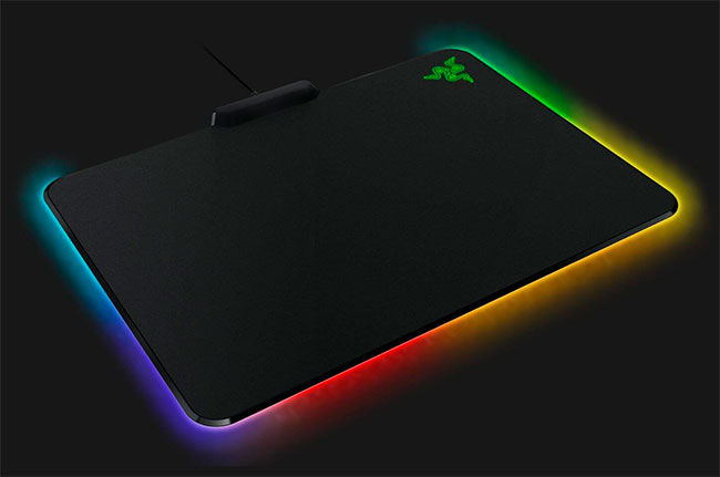 Razer Firefly Hard Edition - Chroma